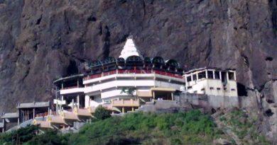 sapshrungi devi temple