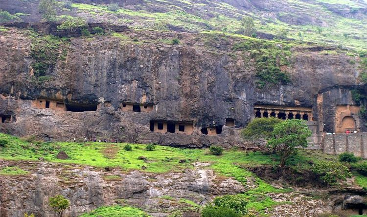 lenyadry caves