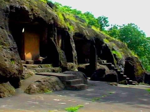 mahakali-caves-mumbai