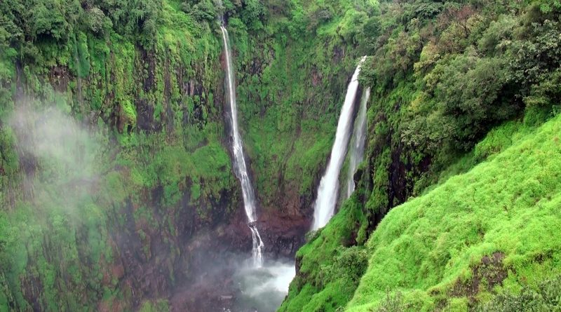 thoseghar dhabdhaba or waterfall